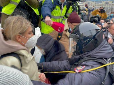 Revolte în Rusia la -50 de grade. Soţia lui Aleksei Navalnîi a fost arestată la Moscova