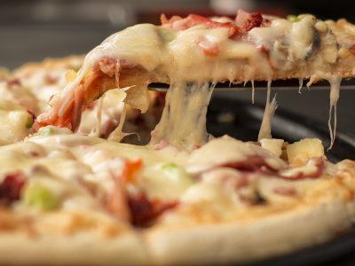 Cea mai simplă rețetă de pizza la tigaie. Nu vei mai renunța la ea