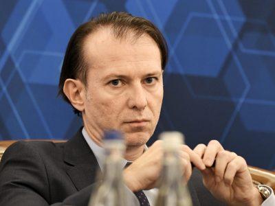 Premierul Florin Cîțu a anunțat că luni propune o schimbare către coaliția de guvernare