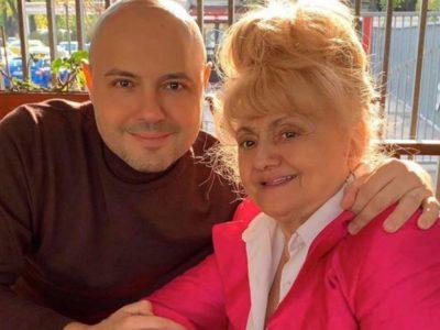 Mihai Mitoșeru dă vestea despre mama lui! Prima poză cu actrița Camelia Mitoșeru operată la cap