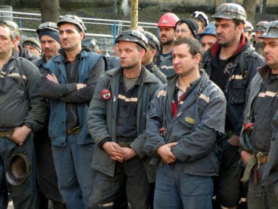 Minerii de la Lupeni au ieșit la suprafață. Protestele s-au încheiat
