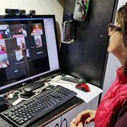1.200 de cadre didactice din România vor continua predarea online
