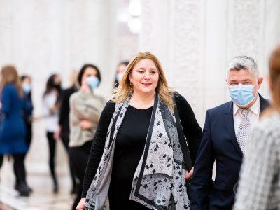 Diana Șoșoacă explodează din nou, amenință cu dosare penale! Mesajul furibund