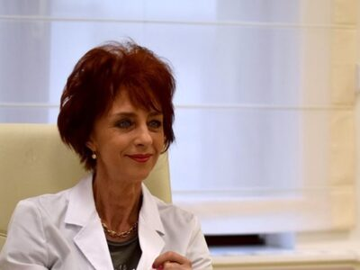 Doctorița Flavia Groșan își sistează activitatea. Luni este audiată la Colegiul Medicilor