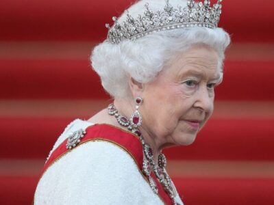 Alertă cu bomba la reședința Reginei Angliei. Polițiștii au împânzit zona