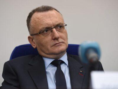 Ministrul Educației: Clase închise din cauza infectărilor, cine dorește repetarea anului școlar