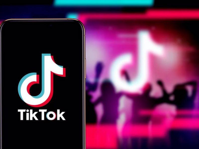 Ce mai este nou pe TikTok. Cele mai nebunești provocări