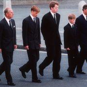Prințul Philip, defilare cu William și Harry la înmormântarea prințesei Diana. De ce a ales să facă asta