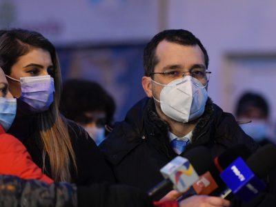 """Ministrul Sănătății: """"Bucureștiul nu se carantinează de Paști!"""" Precizări în miez de noapte"""