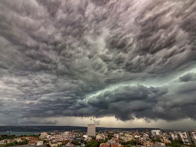 Alertă de vreme severă imediată pentru patru județe! Prognoza meteo până pe 20 iunie