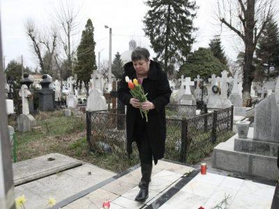 Ce a pățit Anca Pandrea la mormântul lui Iurie Darie. Nu mai fusese de doi ani