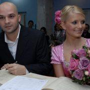 Îți amintești de ea? Uite cum arată acum și ce ocupație și-a găsit prima soție a lui Andrei Ștefănescu