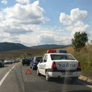 L-a salvat! Șofer de 32 de ani resuscitat lângă mașină de un polițist. Ce se întâmplase, de fapt