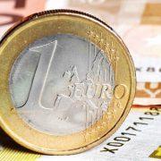 Anul în care România va trece la moneda euro. Previziuni economice, cum vom fi afectați