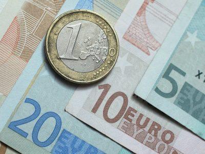 Cursul valutar 6 septembrie 2021. Euro începe săptămâna cu un nou record
