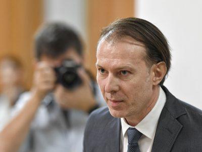 Este oficial! Cu cât va crește salariul minim din 2022. Florin Cîțu a explicat pentru toți românii