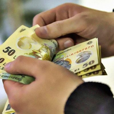 Crește salariul minim! Anunțul făcut de Ministrul Muncii Raluca Turcan