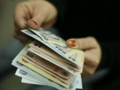 Anul 2022 vine cu scumpiri pentru români. Ce se va întâmpla cu plata la CASS